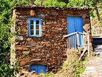 Maison de schiste au Portugal