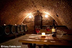 Guide touristique France - cave à vin