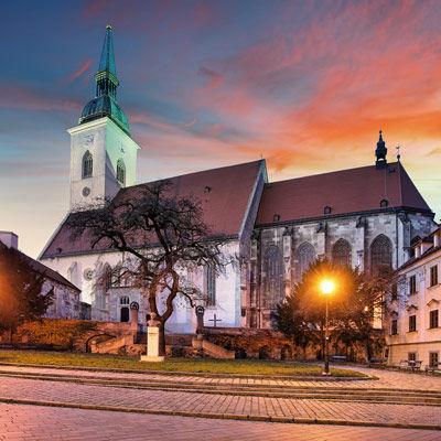 La cathédrale Saint-Martin de Bratislava