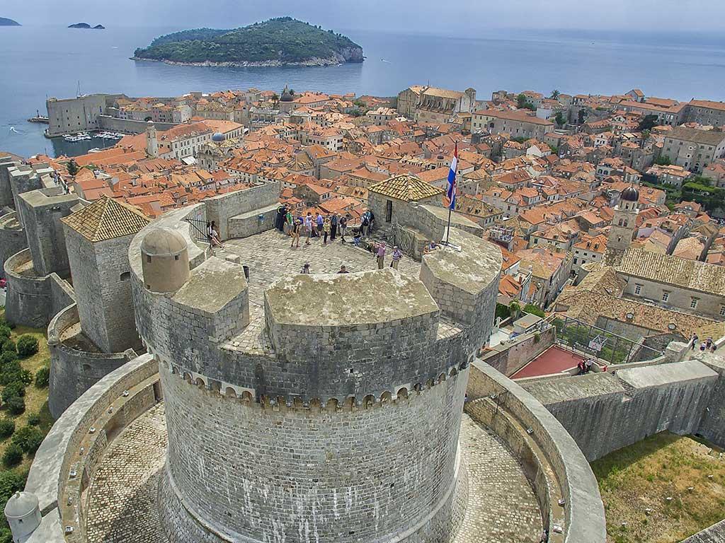 La ville de Dubrovnik et ses remparts