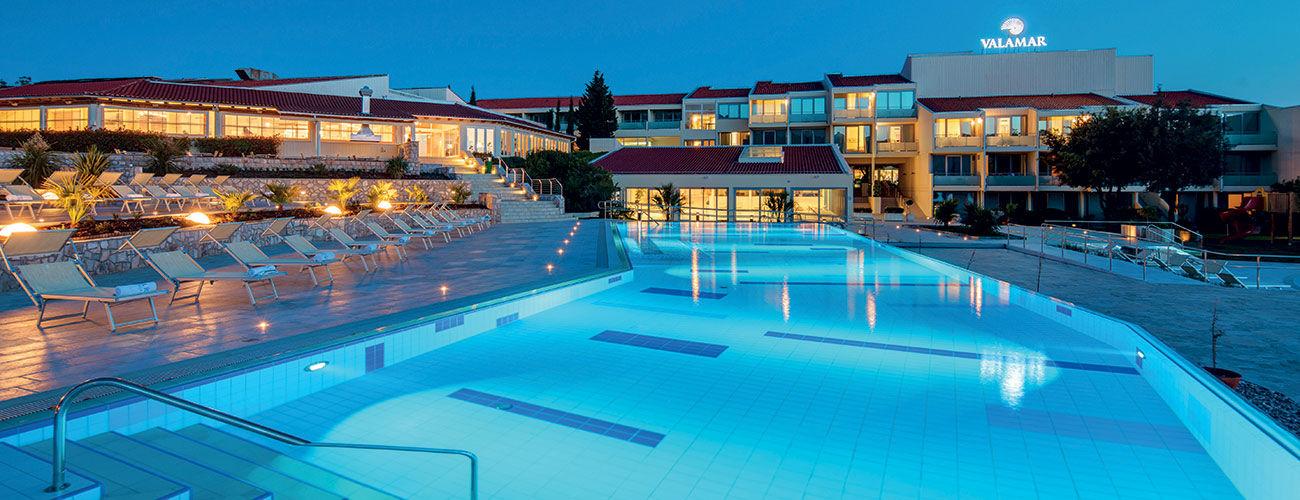 Piscine hôtel Valamar Argosy