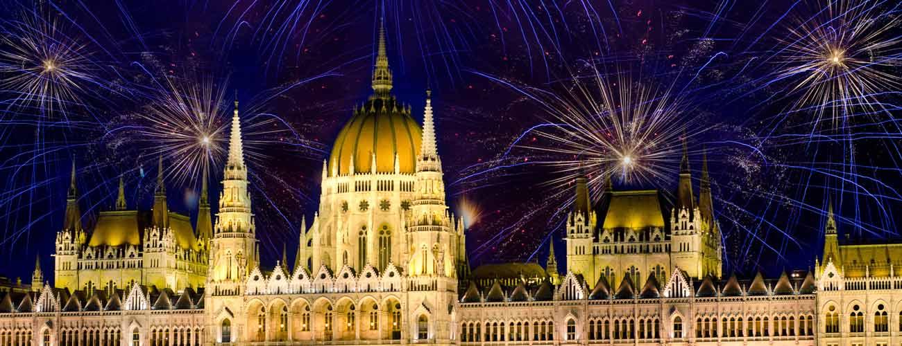 Feux d'artifice à Budapest