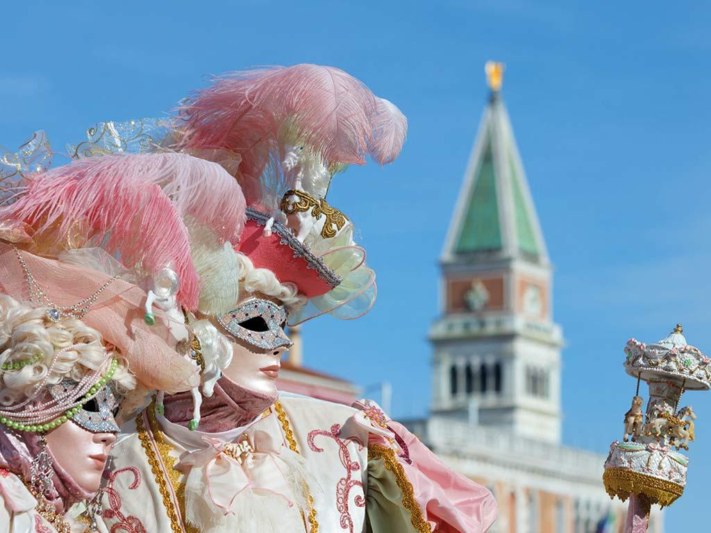 Masques typiques du carnaval de Venise