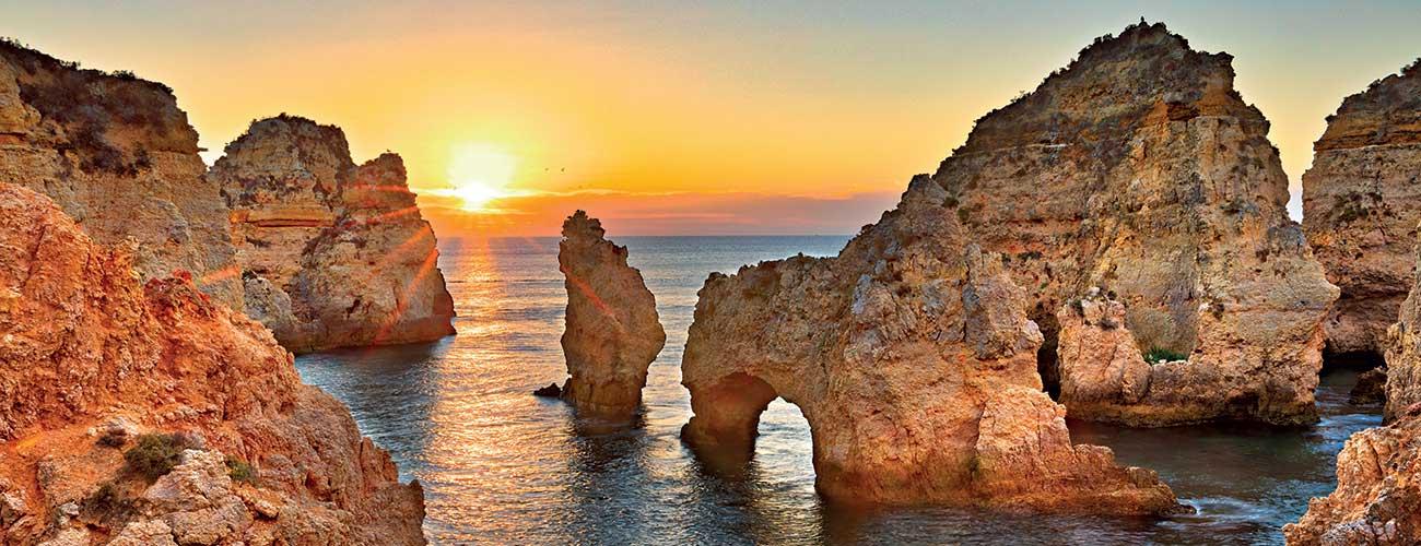 Les falaises de l'Algarve
